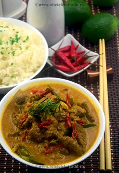 Beef curry with sambal terasi Wok, Beef Curry, Indonesian Food, Thai Red Curry, Foods, Ethnic Recipes, Food Food, Food Items, Indonesian Cuisine