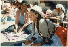 Guatemala educación, mujeres. Cowboy Hats, Fashion, Human Rights, Women, Moda, Fashion Styles, Fashion Illustrations