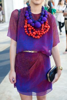 Use statement jewelry for eye-catching color coordination.