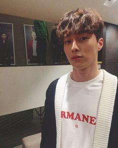 "This Rookie Model and Actor Has Been Nicknamed ""The Perfect Boyfriend"" Korean Male Models, Korean Men, Korean Actors, Borderlands Art, Lee Hyun, Perfect Boyfriend, Cute Actors, Celebs, Celebrities"