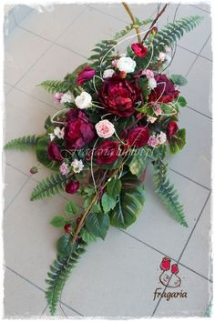 Grave Decorations, Flower Decorations, Funeral Memorial, Memorial Day, My Flower, Flower Power, Flower Art Images, Funeral Sprays, Most Beautiful Flowers