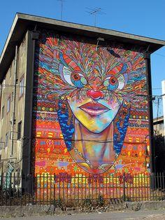 Collaborative mural by Larovocdemadera & Charquipunk
