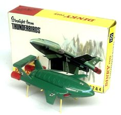 Dinky Toys 101 Thunderbird 2 My brother had one of these Metal Toys, Tin Toys, My Childhood Memories, Childhood Toys, Gi Joe, Science Fiction, Thunderbirds Are Go, Corgi Toys, Space Toys