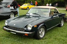 Fiat 124 Spider, reminds me of my college days