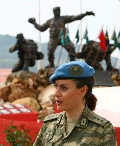 Turkish Soldiers, Turkish Military, Female Soldier, Military Women, Special Forces, Captain Hat, Army, Girls, Hats
