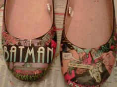 Batman! Comic Book Flats.These were made by a crafty person so it could be on the things to make page but they are so darn cute! I couldn't make them but I want to! but with Snoopy or Doonesbury comics