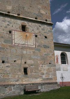 教会の壁 日時計 - Google 検索