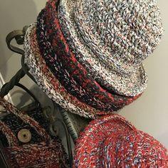 By Sunnylook bysunnylook.etsy.com #womenswear #womensaccessories #womenshats