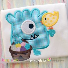 Monster, Chick, & Basket Applique design by Hang to Dry Exclusively for #AppliqueForum premium members. Retires Feb 22, 2015 Join us today! www.appliqueforum.com