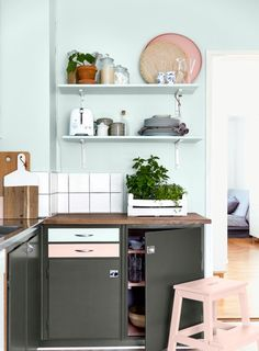 Add a sophisticated dark grey paint to your kitchen cupboards to give them a new lease of life. See our dark grey shades here. Kitchen Ideas Dulux, Mint Kitchen Walls, Mint Green Kitchen, Mint Green Walls, Kitchen Black, Painting Kitchen Cabinets, Kitchen Paint, Kitchen Cupboards, Mint Green Paints