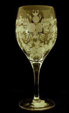 Sklenička na víno * ručně broušené sklo, český křišťál * Bohemia Crystal CZ.