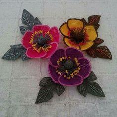 Crochet Cactus, Bead Crochet, Irish Crochet, Crochet Flowers, Fabric Flowers, Crewel Embroidery, Ribbon Embroidery, Fabric Flower Tutorial, Irish Lace