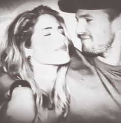 Emily Bett Rickards as Felicity Smoak and Stephen Amell as Oliver Queen on Arrow ( Olicity )