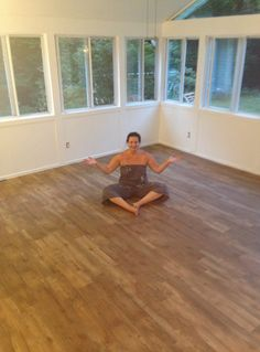 Tara of Just Call Me Homegirl ripped up the carpet and tile and laid down a floor from Home Depot called TrafficMASTER Allure - it's a vinyl plank flooring that looks like wood. || @homegirl217