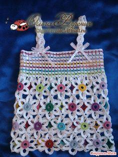definir menina com flores feitas de crochê patrones03