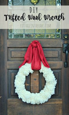 How to make your own tufted wool wreath for Christmas