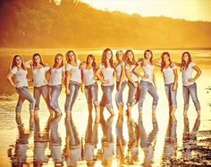 great group photography idea - I especially like the light jeans with white tops.