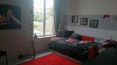 Mélange des couleurs et des matériaux pour la déco de la chambre d'ado Deco, Decor, Furniture, Bed, Home, Home Decor