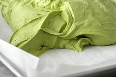 Matcha Green Tea Cupcakes and Matcha Buttercream Frosting