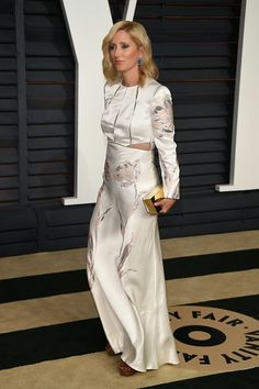 Royal Family Around the World: Prince Pavlos of Greece and Princess Marie-Chantal of Greece attend 2015 Vanity Fair Oscar Party on February 2015 in Beverly Hills, California Marie Chantal Of Greece, Greek Royalty, Royal Families Of Europe, Graydon Carter, Queen Margrethe Ii, Vanity Fair Oscar Party, Lela Rose, Royal House, February 22