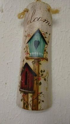 ideas primitive bird houses country decor for 2019 Crafts To Sell, Diy And Crafts, Arts And Crafts, Painted Ironing Board, Painting Ceiling Fans, Primitive Painting, Diy Y Manualidades, Bird Houses Painted, Tile Crafts