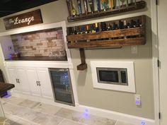 Kitchen Cabinets, Kitchen Appliances, Black Ceiling, Basement, Lounge, Flat, Home Decor, Diy Kitchen Appliances, Airport Lounge
