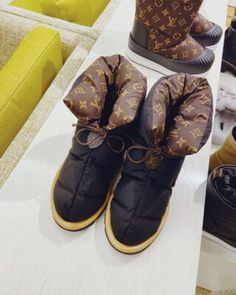 Louis Vuitton Bleecker Box Bag | Bragmybag Chanel Bag Classic, Chanel Mini, Chanel Boy Bag, Vuitton Bag, Louis Vuitton Handbags, Louis Vuitton Monogram, Diorever Bag, Hobo Bag, Striped Bags