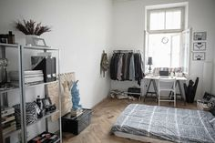 Trendy Home Decored On A Budget Livingroom Apartments Thrift Stores Ideas Best Home Interior Design, Home Office Design, Home Office Decor, House Design, Home Decor, Home Bedroom, Home Living Room, Bedroom Decor, Apartment Bedrooms