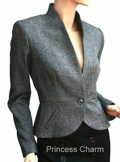 Discover thousands of images about CC - Petite Scallop Edged Collar Jacket - Blazers For Women, Suits For Women, Jackets For Women, Clothes For Women, Office Fashion, Business Fashion, Blazer Fashion, Work Attire, Work Wear