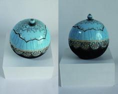 Boîte bleu moyen et noir en Raku : Boîtes, coffrets par sandrine-hamel-ceramique