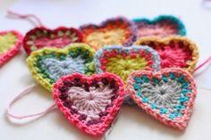MES FAVORIS TRICOT-CROCHET: Tuto Saint Valentin : Des coeurs bohèmes au crochet
