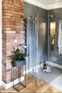 47 Gorgeous Grey & White Bathroom Design Ideas for a Chic Look for 2020 Interior Columns, Home Interior Design, Interior And Exterior, Exterior Design, Bathroom Plans, Attic Bathroom, Small Bathroom, Gray And White Bathroom, Grey And White
