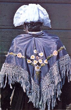 Valloire FolkCostume&Embroidery: Costume of the Upper Maurienne, Savoy, France