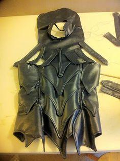 How to make Skyrim Nightingale Armor / Costume http://beebichu.blogspot.ca/2013/01/how-to-make-skyrim-armor-nightingale.html