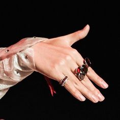 """ close ups of taehyung's beautiful hands"" Pretty Hands, Beautiful Hands, Daegu, Hoseok, Namjoon, Wattpad, Yoongi, V Taehyung, Taehyung Fanart"
