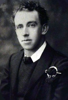 Leaders of the 1916 Easter Rising: Tomás Mac Donnchadha - The Wild Geese Ireland 1916, Irish Images, Irish Republican Army, Irish Independence, The Wild Geese, Easter Rising, Irish Symbols, Irish Eyes Are Smiling, Erin Go Bragh