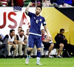 Messi still the best despite international failures: Ronaldinho