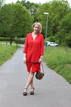 A fashion blog for women over 40 and mature women Dress: Boden Direct Bag: Maje Shoes: What for