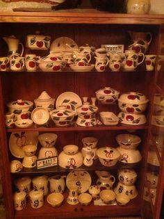 Apple watt pottery collection