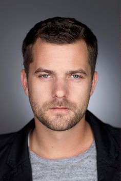 Joshua Jackson: Dawson's Creek, Fringe, Cruel Intentions From: Vancouver, British Columbia Pretty People, Beautiful People, Beautiful Boys, Pretty Guys, Beautiful Things, Pacey Witter, Josh Jackson, Actrices Hollywood, People Of Interest