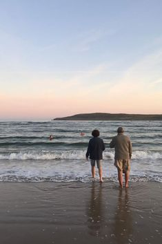 Our VagaGuide Tim brought his guests for a sunrise swim on Maghera beach in Donegal. They were on a 12 Day Giant Irish Adventure Tour.