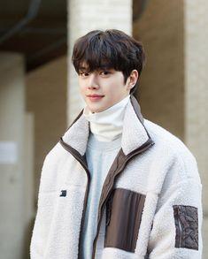 Korean Male Actors, Handsome Korean Actors, Korean Celebrities, Asian Actors, Song Kang Ho, Sung Kang, Oppa Gangnam Style, Kdrama Actors, K Idols