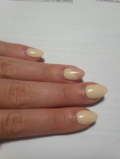 Nail art using Diamond Cosmetics Semilac colour Almond butter and Frappé