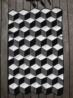 @Trine Korsholm - jeg overvejer at lave mit tæppe på dette måde i top og bund... - hvad syntes du?? (jeg er virkelig i tvivl, tror det bliver lige kant, men dette er også fint!!!)