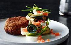 Krebinetter med salat af grillet squash & mozzerella
