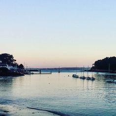 Le port de Douarnenez #finistere #bretagne #voyage #travel #traveling #travelgram #teamtravelers #bestdestinations #picoftheday by chris_voyage #travel
