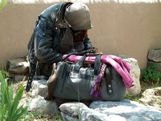 Want to learn how to survive? These survival tricks used by the homeless can help you survive through disasters, chaos, freezing cold, and more.