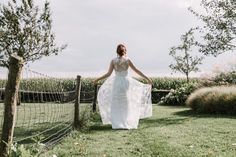 Bruid country wedding bride One Shoulder Wedding Dress, White Dress, Sugar, Wedding Dresses, Fashion, Bride Dresses, Moda, Bridal Gowns, Alon Livne Wedding Dresses