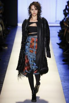 Hervé Léger by Max Azria Fall 2016 Ready-to-Wear Collection Photos - Vogue
