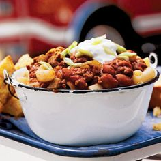 Firehouse Chili Hot cooked macaroni helps mellow this super-spicy beef chili recipe.